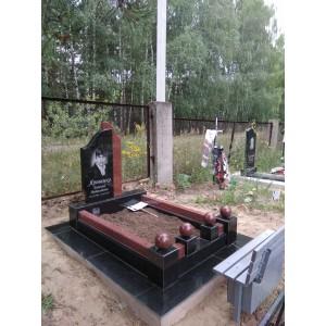 Комплеск из габбро на Берковецком кладбище