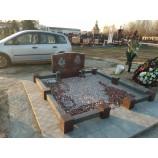 красный гранит на кладбище 23  - Фото