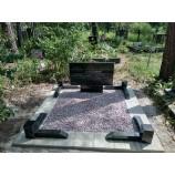 Памятник черного надгробия - Фото