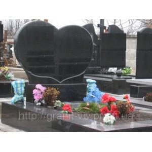 Мемориальный комплекс из гранита сердце, памятник