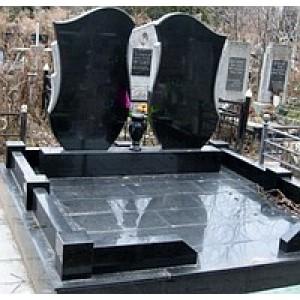 Мемориальный комплекс из гранита Габбро карьерный