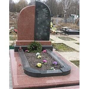 Комплекс на кладбище из гранита Байковое