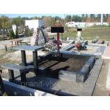 Гранитный цоколь Южное кладбище. - Фото
