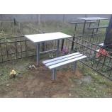 Стол на могилу из метала. - Фото
