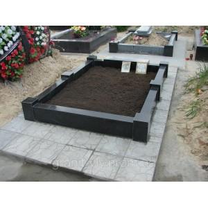 Памятник на лесное кладбище габбро  Арка-А6Д 110х60х8