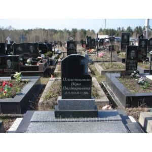 Мемориальный комплекс из гранита надгробный