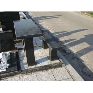 Стол черный  и скамейка черная  105х60х5