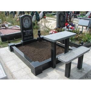 Комплекс на могилу в городе Киеве