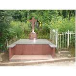 Комплекс на кладбище из гранита Байковое  - Фото